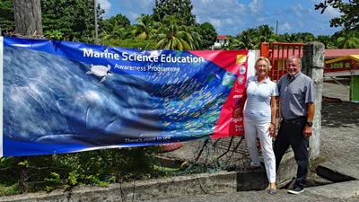 Andrea und Wilfried Steffen haben das Marine Science Education Program für Kinder auf Dominica ins Leben gerufen.