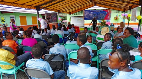 Die große Schlussveranstaltung des Marine Science Education Program Dominica 2016.